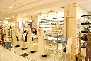 KIKI's NAIL(キキズネイル) そごう広島店